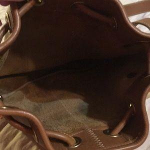 Dooney & Bourke Bags - Dooney & Bourne sling bag